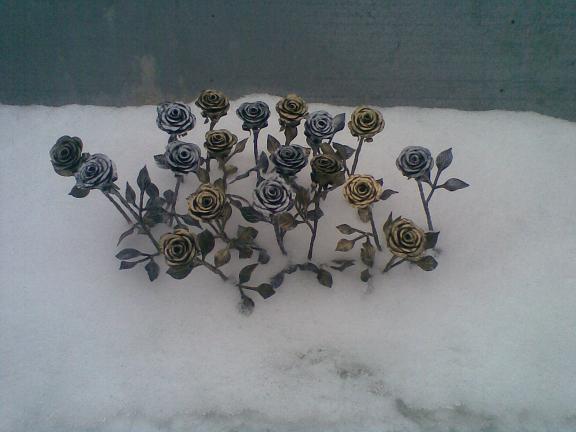 Кованые розы изготовление на заказ