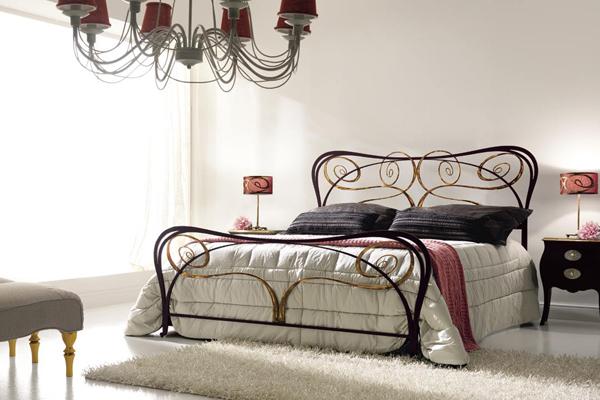 Художественная ковка для спальни