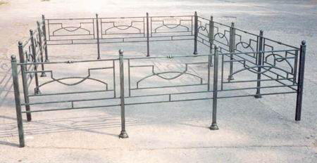 Художественная ковка оград для могил
