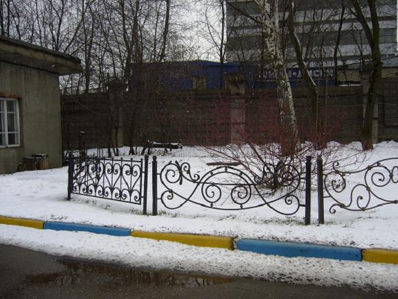 Металлические ограды для газонов
