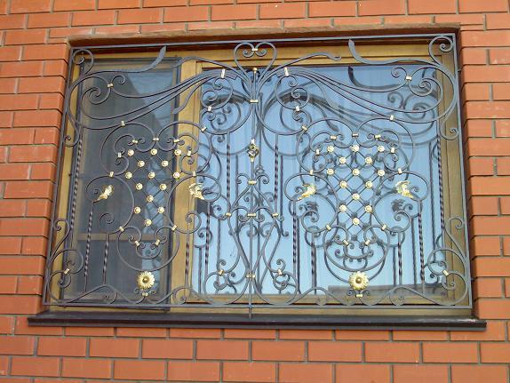 Художественная ковка решеток на окна