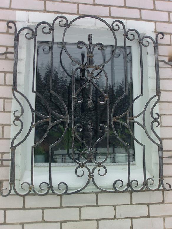 Ковка решеток на окна в Москве