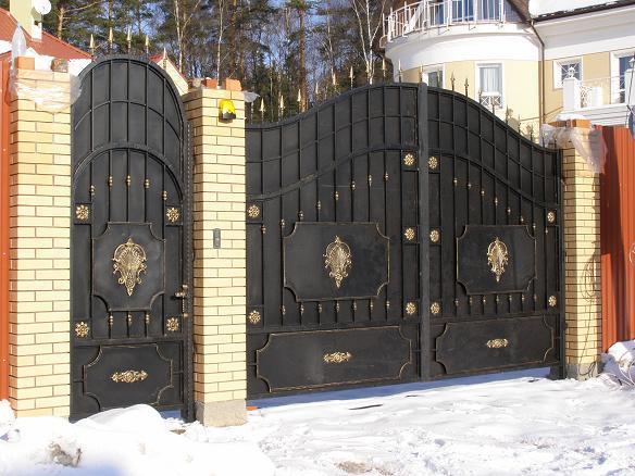Металлические ворота в Подмосковье