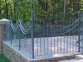 Художественная ковка ритуальных оград